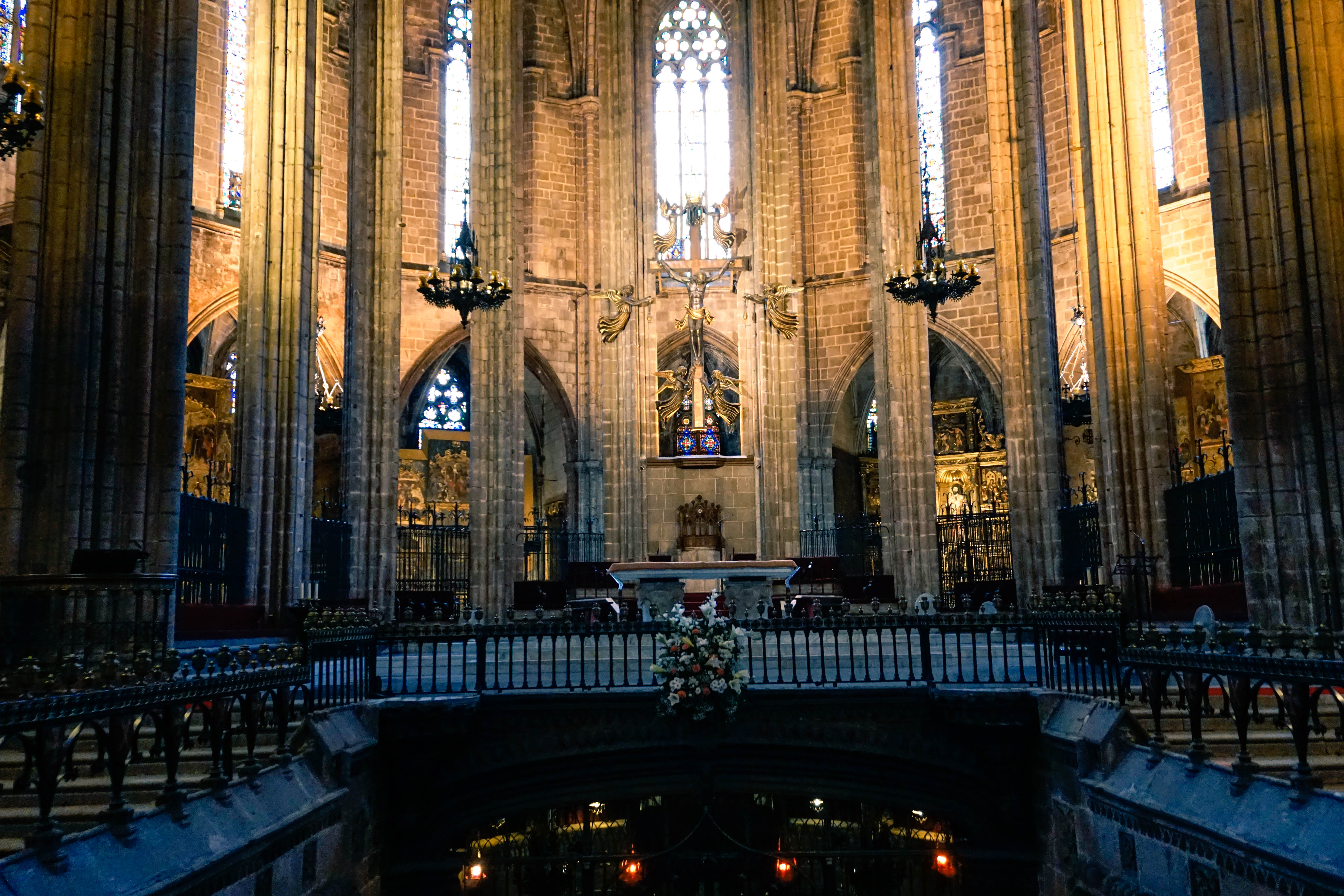 barcelona cathedral, jesus and tomb